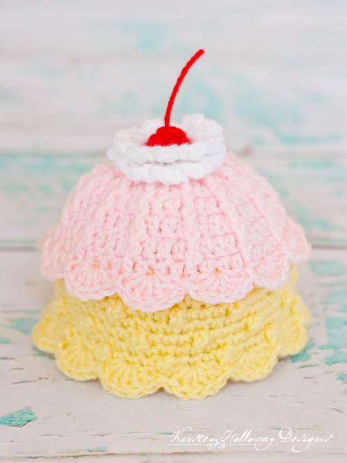 The Strawberry and Banana crochet scalloped beanie pattern makes a sweet sundae treat for newborns to wear.