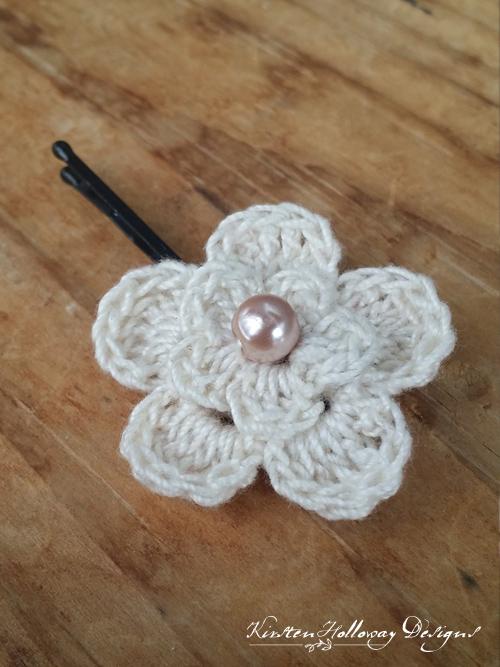 Delicate Flower Clip Free Crochet Pattern