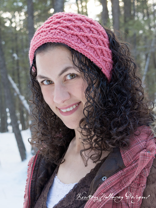Diamond Stitched headband, free crochet pattern for women, teens and kids.
