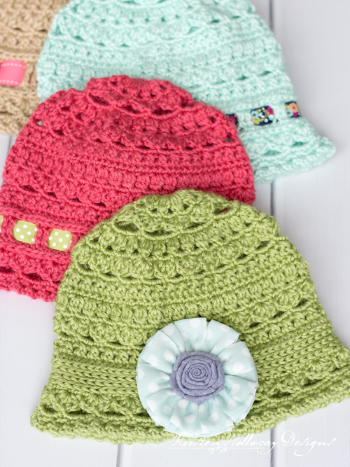 Spring cloche hat crochet patterns for adults, kids and toddlers. Decorate yours with a ribbon or a hair accessory!