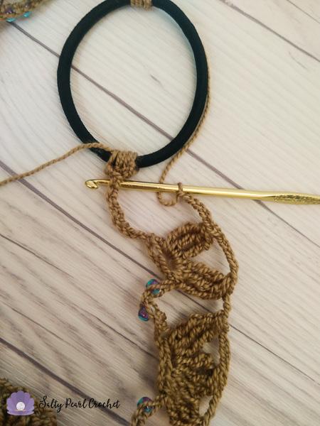 Sand Dollar Lace Headband instructions