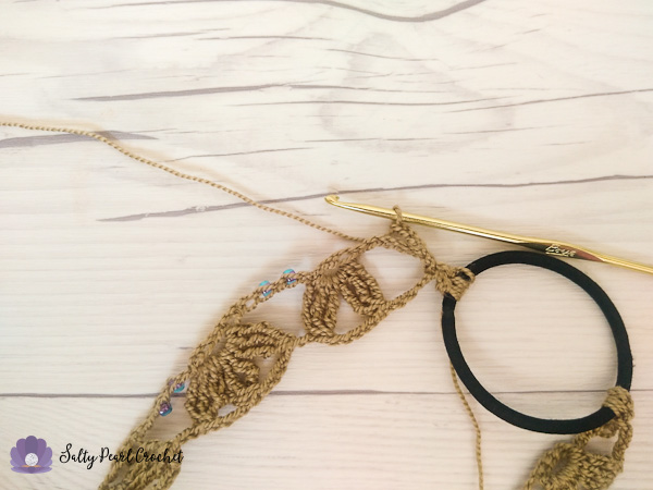 Sand Dollar Lace Headband instructions