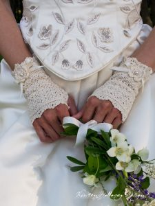 Pattern – Wrapped in Lace Fingerless Bridal Gloves