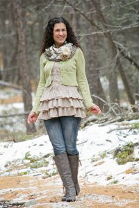 "Pattern – ""Sashay Around"" Easy Crochet Cowl"