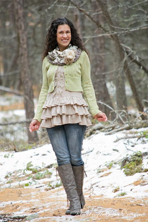 Easy Sashay Around Crochet cowl DIY tutorial using chunky yarn
