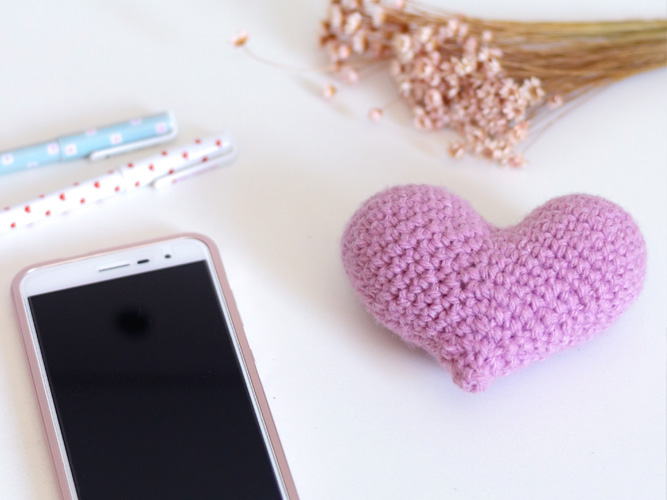 7 Ways Successful Crocheters Think Differently Than You: Learn tips and tricks to make your crochet items stand out in the crowd. #crochetbusiness #crocheting