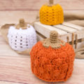 Patchwork Pumpkin hat for babies. A free crochet pattern for fall.