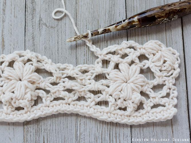 Crochet flower tutorial step 24 - chains