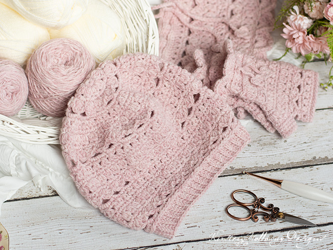 The whole Secret Garden collection. Crochet them all to make a pretty set for winter.